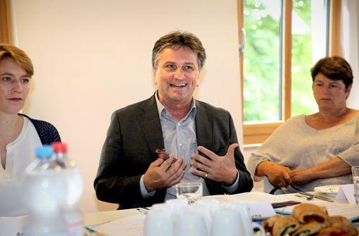 Der Sozialminister würdigt die Arbeit im Hospiz