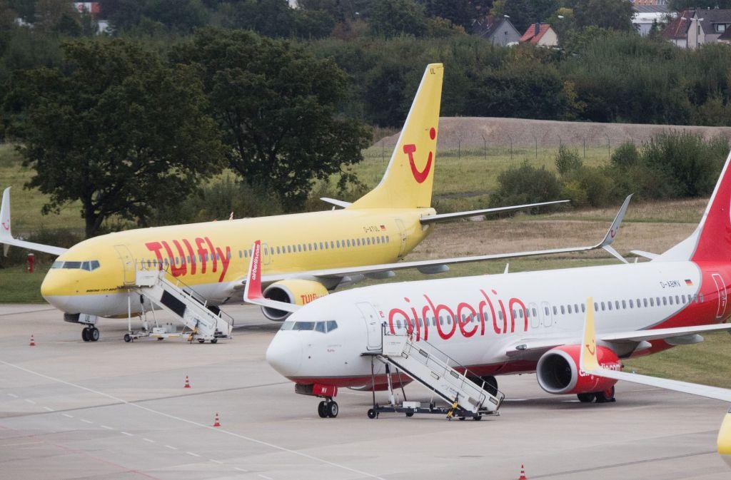 Das Ziel, die TUI-Tochter-Airline Tuifly und die Air Berlin-Fluggesellschaft Niki zusammen zu führen, kann offenbar nicht mehr erreicht werden Foto: dpa