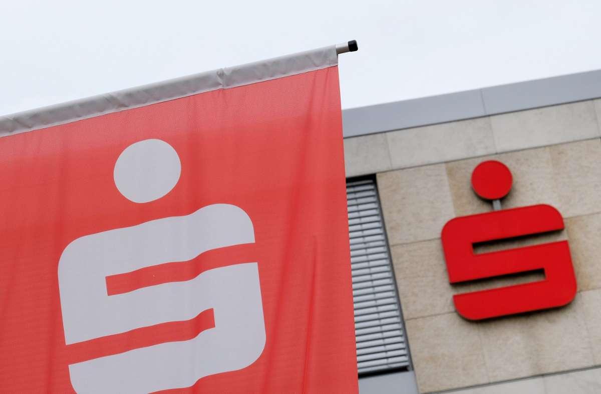 Der Sparkassenverband Baden-Württemberg wurde Opfer einer Cyberattacke. (Archivbild) Foto: dpa/Bernd Weissbrod