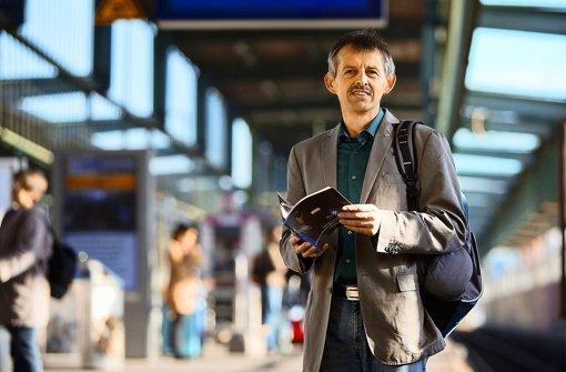Der S-21-Seelsorger Peter Maile fordert gerechte Löhne auf den Baustellen des Bahnprojektes. Foto: Michael Steinert