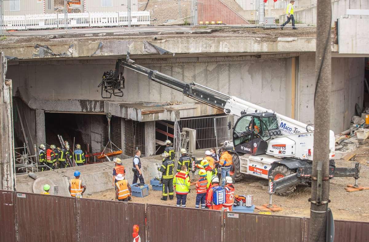 In der Baustelle des Leuzetunnels ist ein Gerüst unterspült worden und eingestürzt. Foto: 7aktuell/Adomat