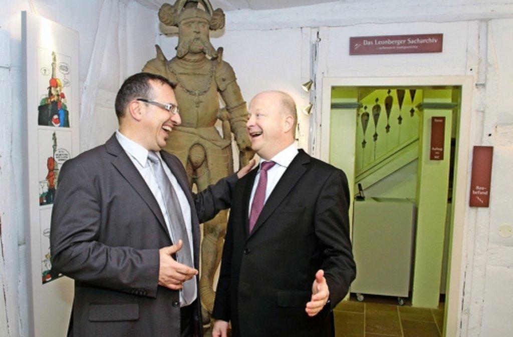 Der FDP-Landeschef Michael Theurer in der liberalen Hochburg Leonberg mit dem örtlichen Vorsitzenden Udo Graßmeyer. Foto: FACTUM-WEISE