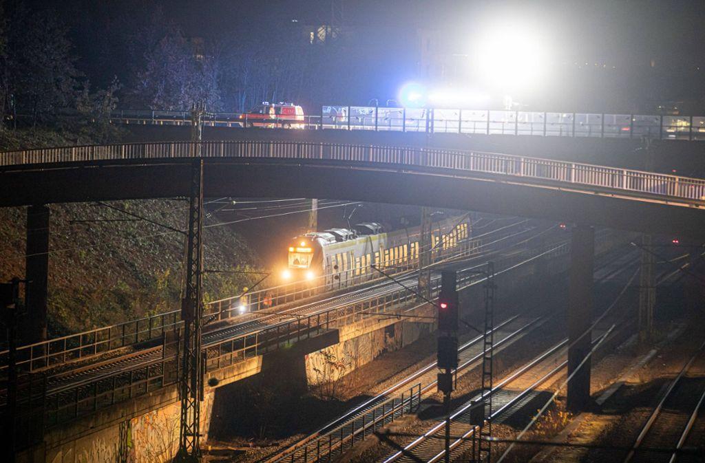 Ein Regionalexpress hat am Dienstagabend zwischen Waiblingen und Fellbach einen Mann erfasst. Foto: 7aktuell.de/Simon Adomat/7aktuell.de | Simon Adomat