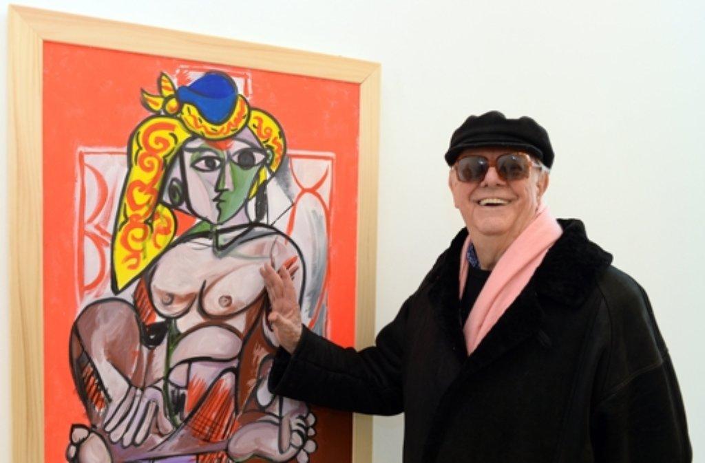 Täuschend echt: Dario Fo mit seinem Bild Falso Picasso Donna nuda con copricapo turco aus dem Jahr 2012. Foto: dpa
