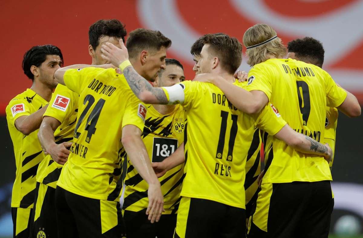 Der BVB hat sich durch den Sieg für die Königsklasse qualifiziert. Foto: dpa/Michael Probst