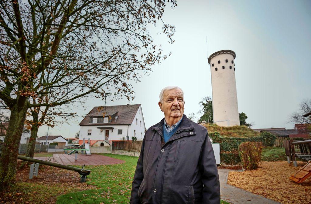 Erwin Gayer am Nussdorfer Wasserturm Foto: factum/Granville
