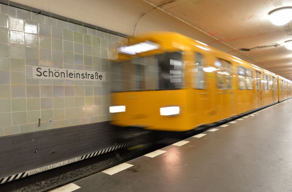 Ein Mann aus Schwaben habe sich über eine Werbung der Berliner Verkehrsbetriebe geärgert (Symbolbild) Foto: dpa