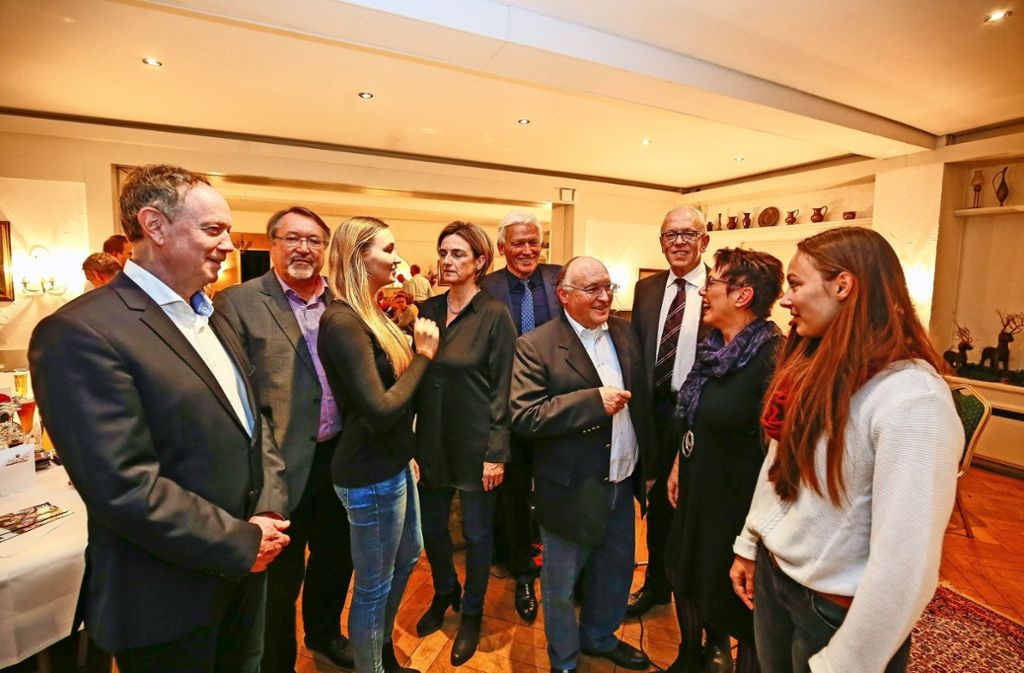 Neues Spitzenteam, v.l.: Klaus Brenner, Werner Metz, Arian Metz, Nicole Maoro, Wolfgang Schaal, Axel Röckle, Georg Pfeiffer, Foto: factum/Granville