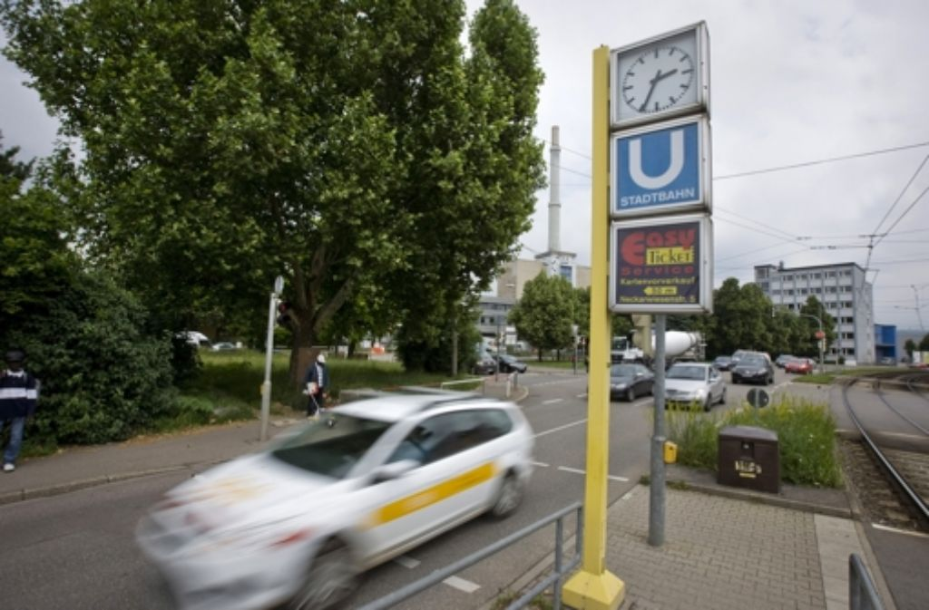 Auf der Grünfläche an der Brendle-Kreuzung zwischen Wangener und Ulmer Straße soll eine Skateranlage gebaut werden. Foto: Steinert